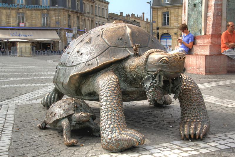 Turtles at Place de la Victoire