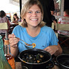 For lunch Nikki got a huge pot of mussels for only 7 Euros!