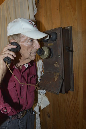 Woody's personal phone from 1944 during WW 2