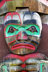TotPol 00019 A well carved, interesting, big lips, sad human face totem pole detail picture by Peter J  Mancus