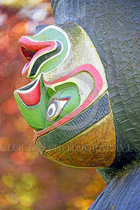 TotPol 00007 A colorful upside down human face on a totem pole, detail, totem pole picture by Peter J  Mancus