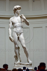"STY-David 021 Relevant experts fear that 1 5 million annual tourists' footsteps vibrations damage Michelangelo's masterful 14 feet tall 500 year old statue of Biblical hero ""David"", slayer of Goliath the giant, statue picture by Peter J  Mancus"