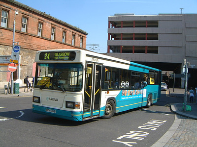Arriva SW 0508 Central Way Paisley May 04