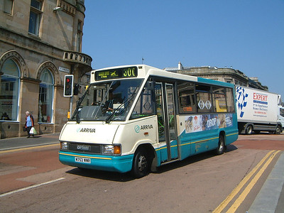 Arriva SW 0194 St Mirren Brae Paisley May 04