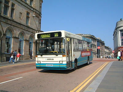 Arriva SW 0404 St Mirren Brae Paisley May 04