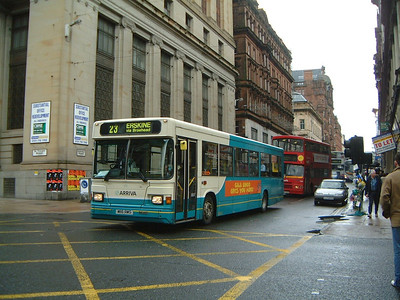 Arriva SW 0516 Renfield St Glas Apr 04