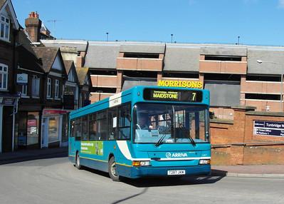 3287 - T287JKM - Tunbridge Wells (railway station) - 2.4.13