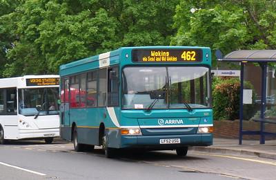 1629 - LF52USG - Woking (Cawsey Way)