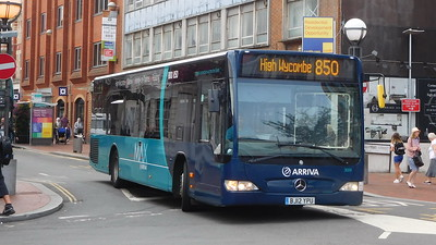 3009 - BJ12YPU - Reading (railway station)