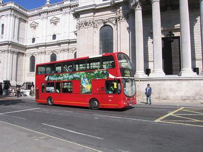Arriva London VLW130 080914 [jh]