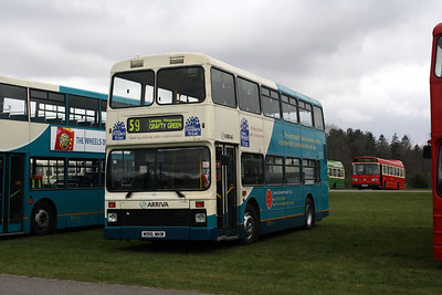 5916-M916 MKM at Detling Bus Rally.