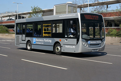 ADL Enviro 200 KX59 CZH at Heathrow Central