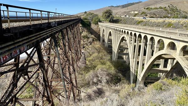 Arroyo Hondo bridge and train trestle