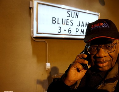 201601013 GregoryBurrus at Blues Jam Afternoons THIS Sunday JAN 3rdt 429
