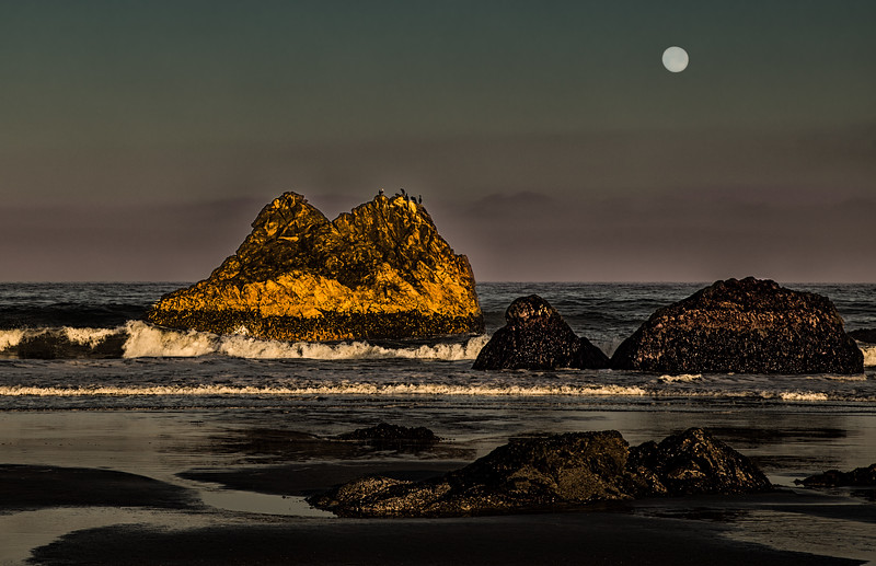 Pelican Rock and Full Moon, Cayucos