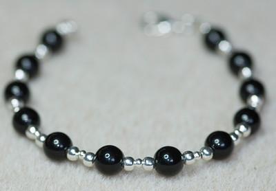 121117 0925w braceletp