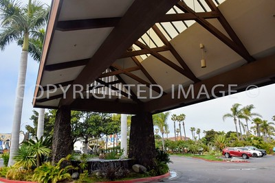 3399 Mission Boulevard, Mission Beach San Diego, CA - 1958 Catarmaran Hotel, Tiki Architectural Style