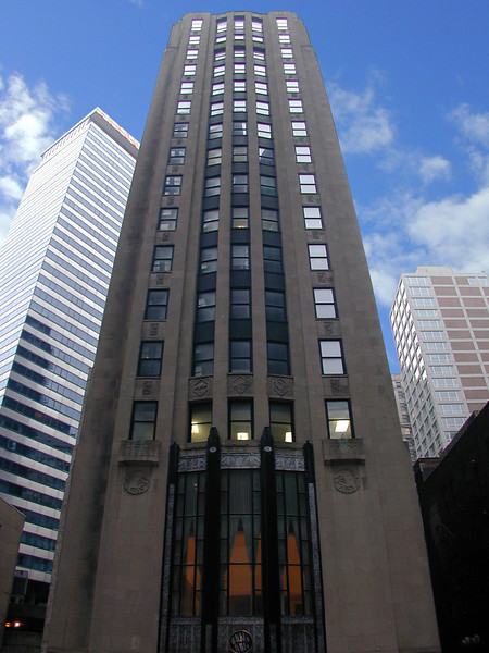 Wacker Tower, Chicago, Illinois.
