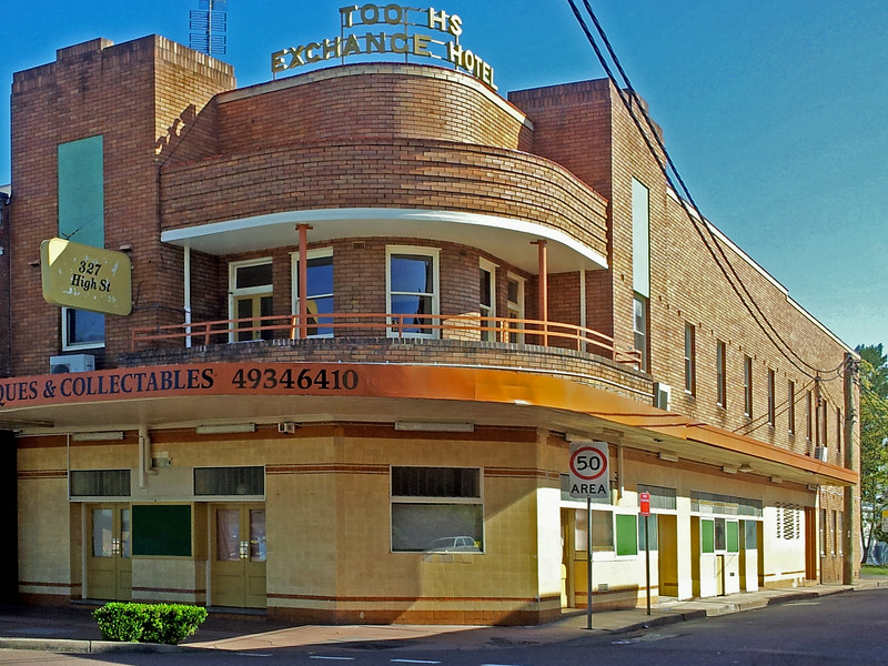 19 October 2013: Former Tooths Exchange Hotel, Maitland, New South Wales.