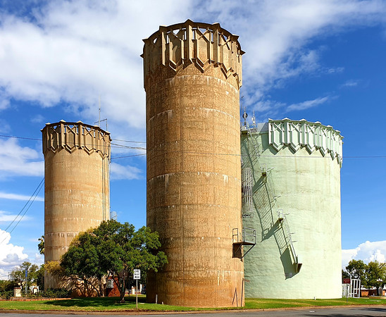 11 February 2020: Walter Burley-Griffin-designed water towers, Leeton, New South Wales.