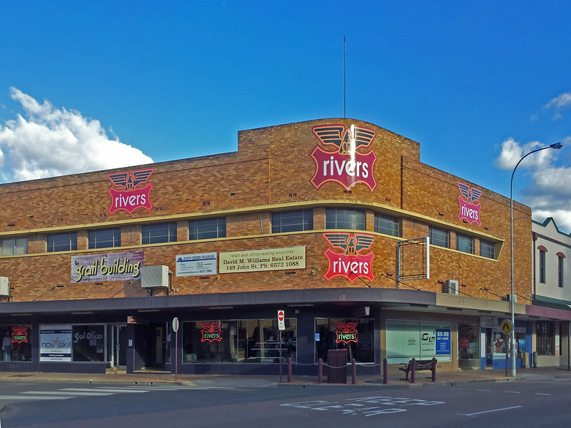 2 August, 2014: Former hotel, Singleton, New South Wales.