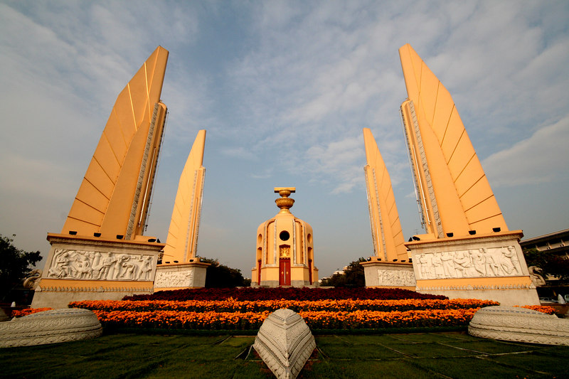 Built in 1940, the Democracy Monument in central Bangkok was designed by Corrado Feroci, who spent much of the 1920s designing monuments for Italian fascist dictator Benito Mussolini. It commemorates the 1932 revolution which ended the absolute monarchy and established Thailand's first constitution.