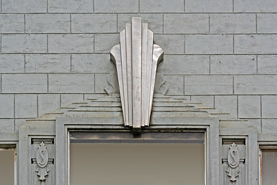 30 July 2015: 92 Brisbane Street, Launceston, Tasmania; facade detail.