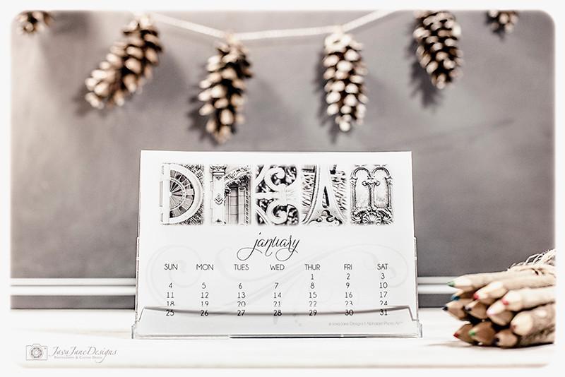 2016 Photo Art Desktop Calendar