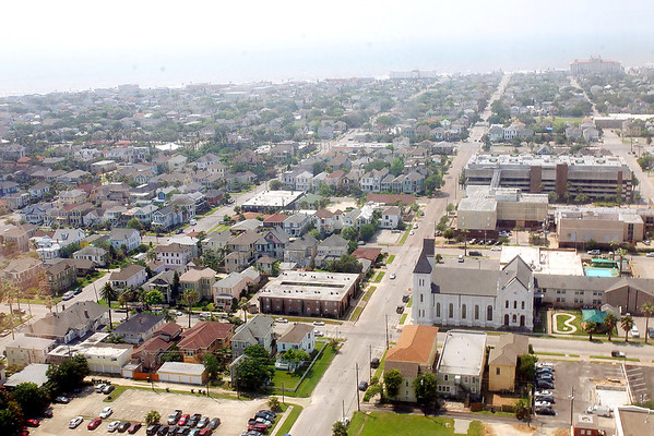 20160510 Galveston Island from the 29th Floor