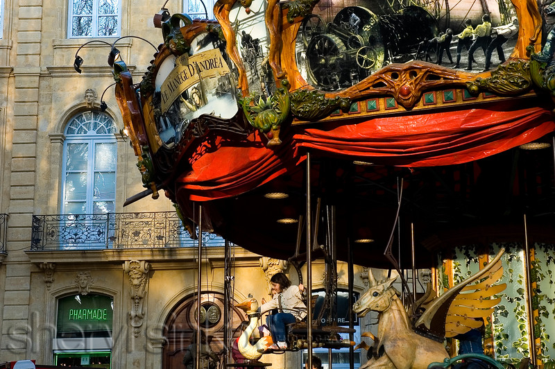 carousel2400px_2853