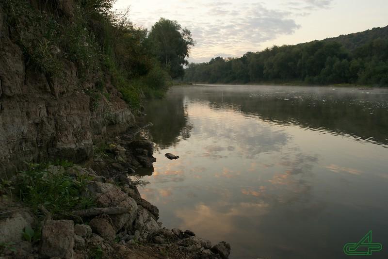 Печорна 2015, серпень, 22.  Світанок. Навесні тут було два метри річки...