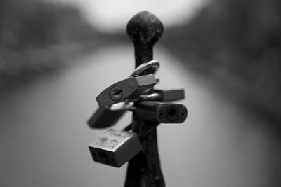 Amsterdam Locked