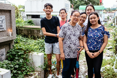 Visiting Mama Rosa's graveyard - Caloocan City, Philippines, 2018