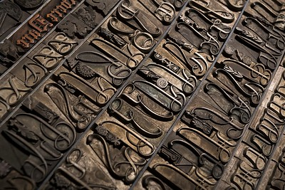 96-pt elongated initials and art nouveau ornamens by Nebiolo Foundry. Late 19th century.