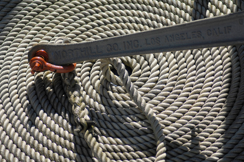 When we took our seats on the tour bout I saw this interesting pattern in the anchor rope on the deck below us.