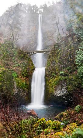 Falls of Multnomah (100 Megapixels)