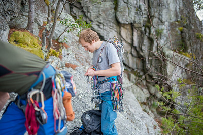 Climbing-Seneca-Rocks-West-Virginia-by-Gabe-DeWitt-feb17-13