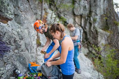 Climbing-Seneca-Rocks-West-Virginia-by-Gabe-DeWitt-feb17-10