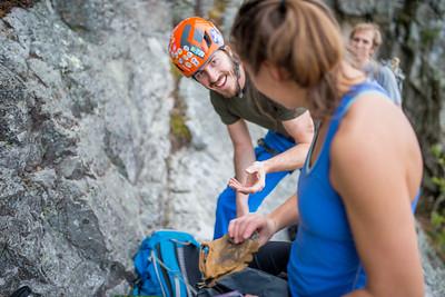 Climbing-Seneca-Rocks-West-Virginia-by-Gabe-DeWitt-feb17-14