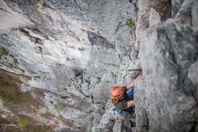 Climbing-Seneca-Rocks-West-Virginia-by-Gabe-DeWitt-feb17-30