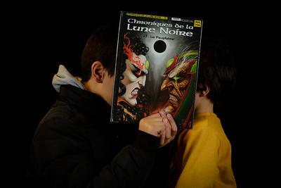 """Atelier """"bookface"""" durant les bibliofolies de la médiathèque Elsa- Triolet à Villejuif (28/11/2015)"""
