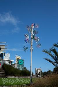 A Len Lie Wind Statue