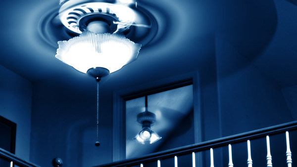 ceiling fan hot cool