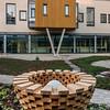 "Skulpturen ""Skål"" i atrium nord. Kunstner: Erlend Leirdal"