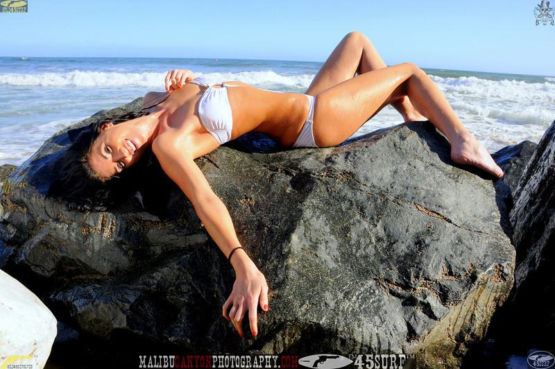 beautiful woman sunset beach swimsuit model 45surf 915.23.4