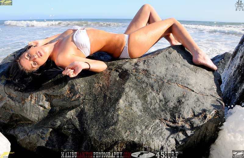 beautiful woman sunset beach swimsuit model 45surf 901.34.43.