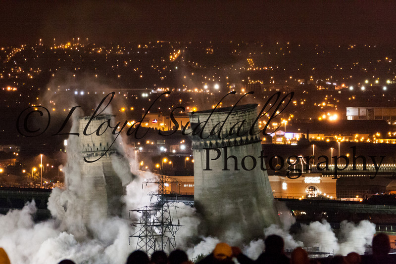 Sheffield Cooling Towers Demolition (9 of 11)