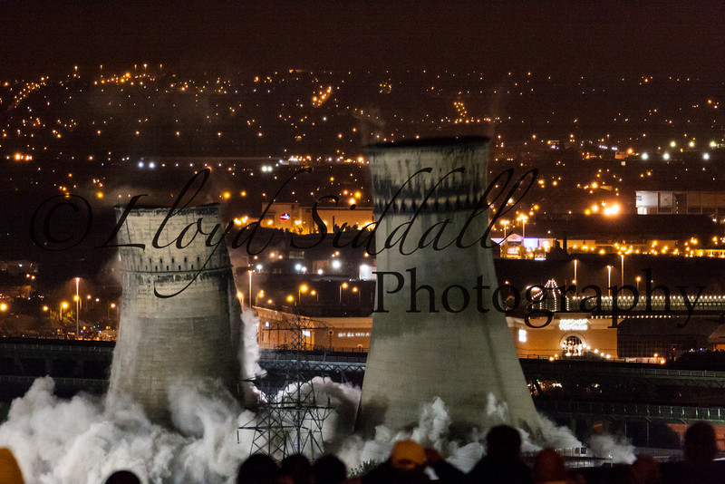 Sheffield Cooling Towers Demolition (8 of 11)