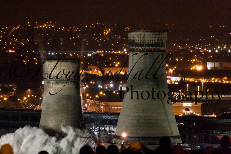 Sheffield Cooling Towers Demolition (3 of 11)
