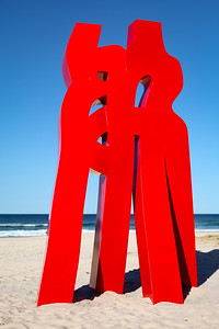 Embrace of Love, Liu Yonggang - Swell Sculpture Festival 2013, Visit 1; Currumbin, Gold Coast, Queensland, Australia; 18 September 2013. Photos by Des Thureson